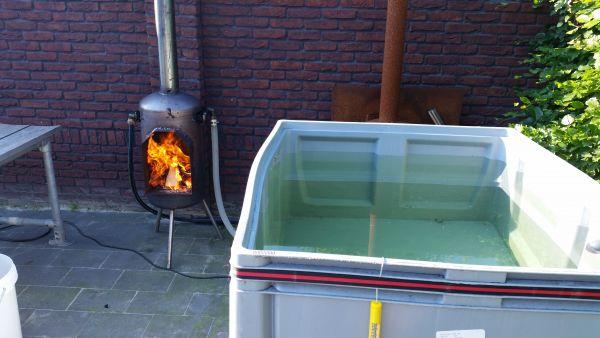 Populair Houtgestookte jacuzzi/hottub van IBC container #AW69