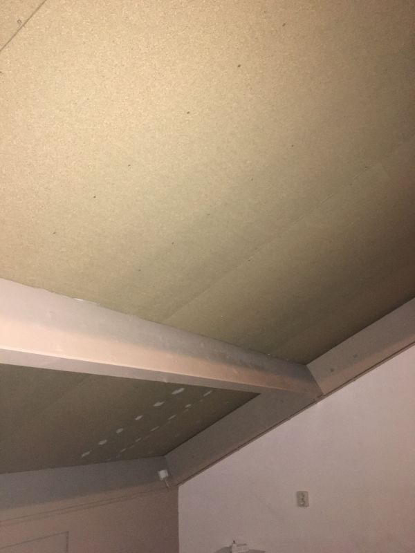 Bekend Schuine wand plafond zolder afwerken ZY35