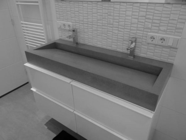 Afvoer Wasbak Badkamer : Hoe zit de afvoer bij deze betonnen wasbak