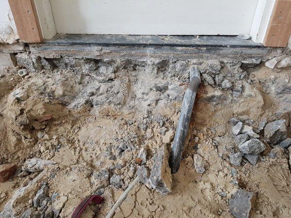 Bekend Beton onder dorpel binnendeur WC87