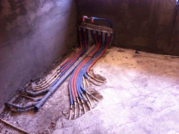 Badkamer Vloer Storten : Badkamervloer ophogen strakke vlakke vloer tegelen