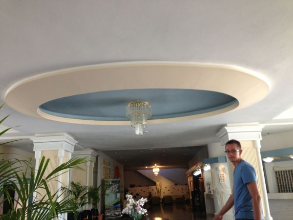 Ronde sierlijst voor plafond for Plafond sierlijst