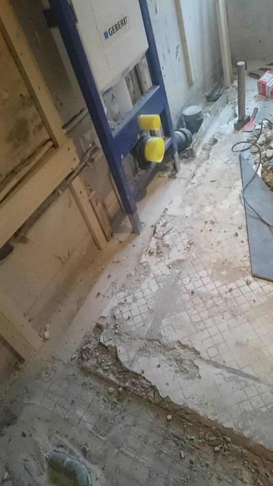 Bestaande betonvloer opvullen en uiteindelijk egaliseren