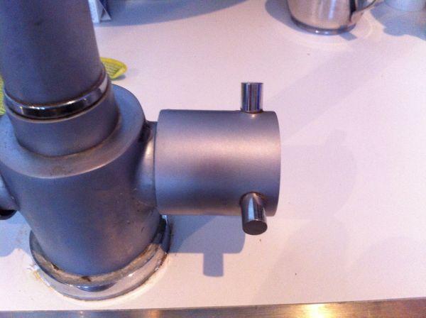 Praxis Kranen Keuken : Lekkende keuken kraan dop eraf